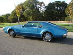 1967 Olds Toronado rear
