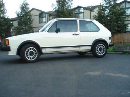 1984 VW GTI side