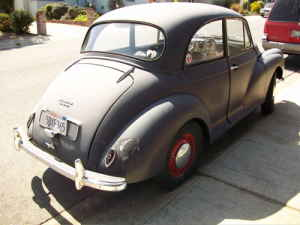1967 Morris Minor rear