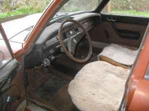 1971 Peugeot 304 interior