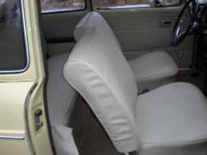 1971 VW Squareback interior