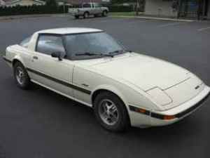 1984 Mazda RX7 front right