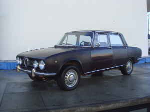 1969 Alfa Romeo Berlina left