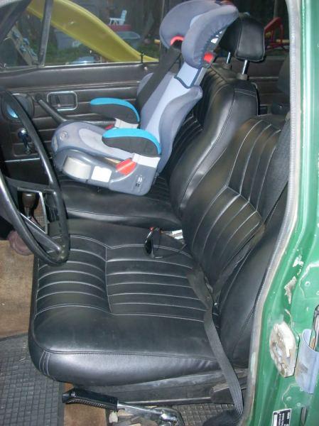 1972 Volvo 145 interior