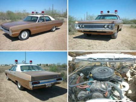 1970 Plymouth Fury 4-door cop car