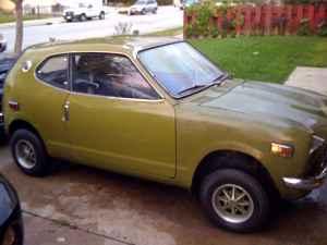 1972 Honda AZ600 right