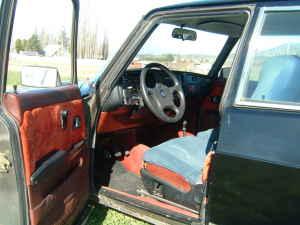 1980 Saab 900 5-door interior