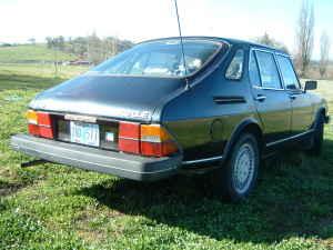 1980 Saab 900 5-door right rear
