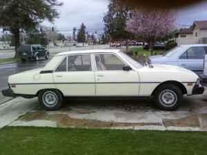 1982 Peugeot 604 TD right