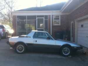1984 Bertone X1/9 right