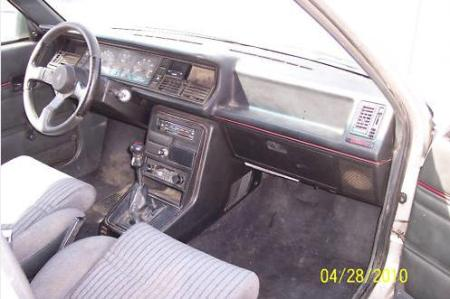 1987 Renault GTA interior