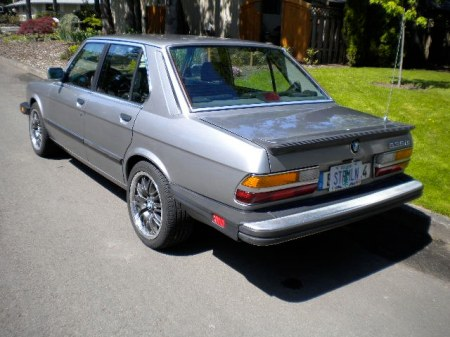 1988 BMW 535iS rear