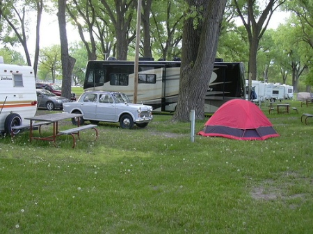 1959 Fiat 1100 camping