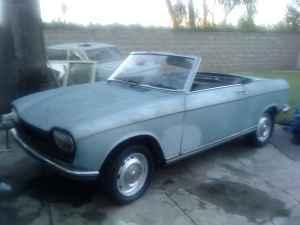 1969 Peugeot 204 C front