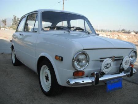 1971 Fiat 850 sedan front