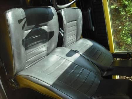 1979 Renault LeCar interior