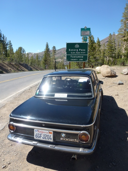 1972 BMW 2002tii at Sonora Pass 2