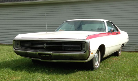 1969 Chrysler 300 left front