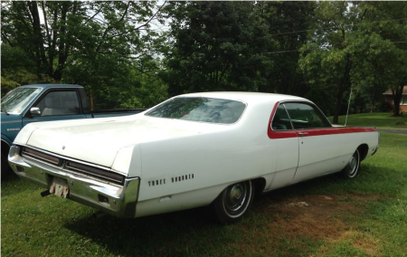1969 Chrysler 300 right rear