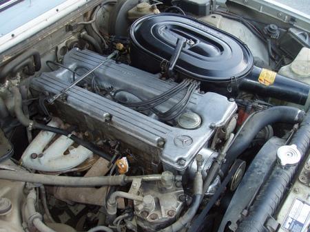 1981 Mercedes 280E engine