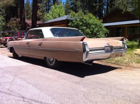 1964 Cadillac Sedan deVille left rear