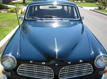 1967 Volvo 122 front