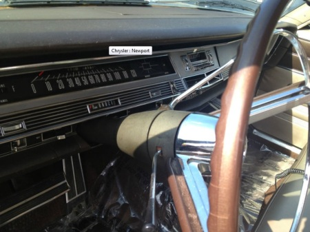 1967 Chrysler Newport dash