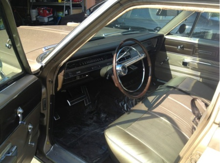 1967 Chrysler Newport interior