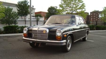 1969 Mercedes 250 left front