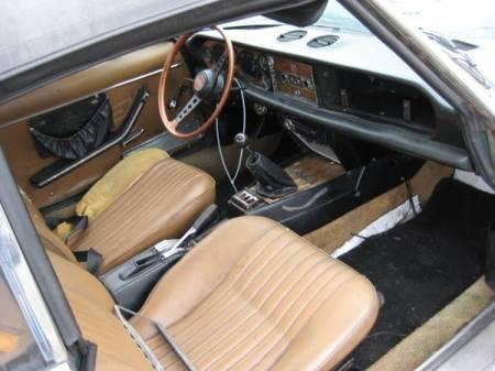 1971 Fiat 124 spider interior