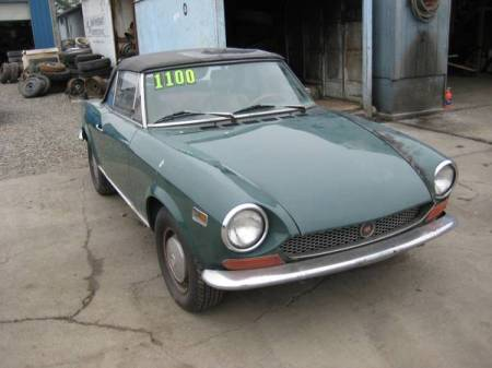 1971 Fiat 124 spider right front