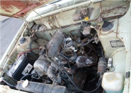 1972 Datsun 510 wagon engine