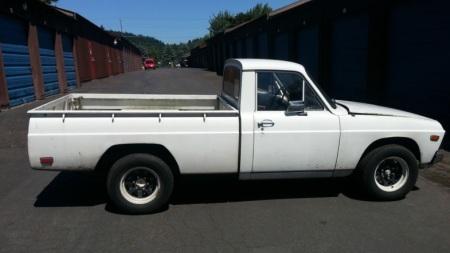 1972 Mazda B1600 right