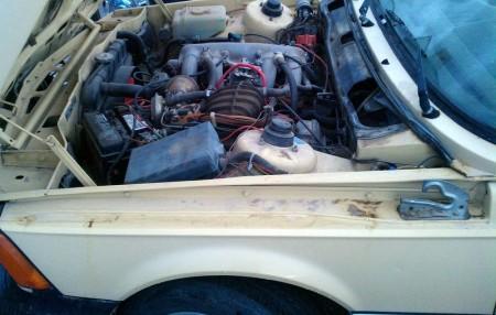 1977 BMW 320i engine