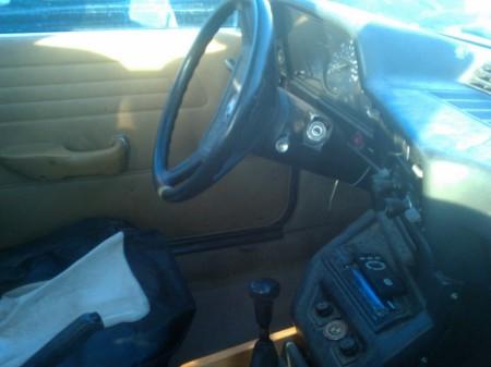 1977 BMW 320i interior