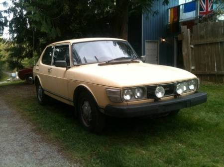 1980 Saab 99 GLi right front