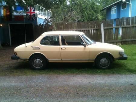 1980 Saab 99 GLi right side