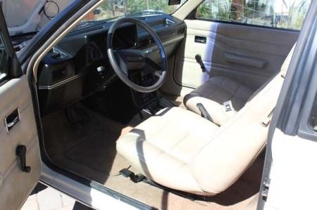 1985 Renault Encore interior
