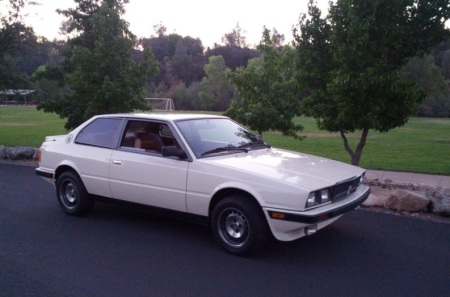 1987 Maserati BiTurbo Si right front