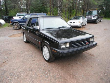1987 Renault Alliance GTA black right front