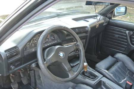 1988 BMW 325is interior
