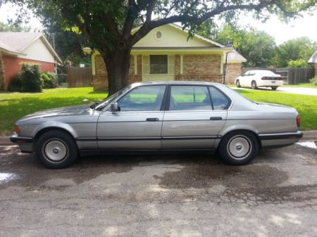 1989 BMW 750iL left side