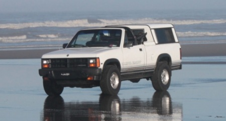 1989 Dodge Dakota convertible left front