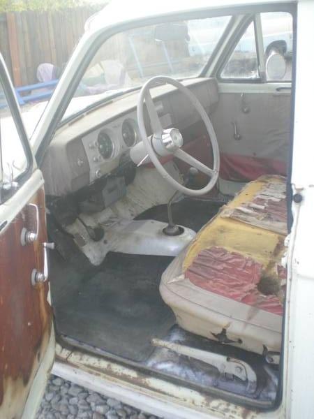 1965 Datsun 320 interior