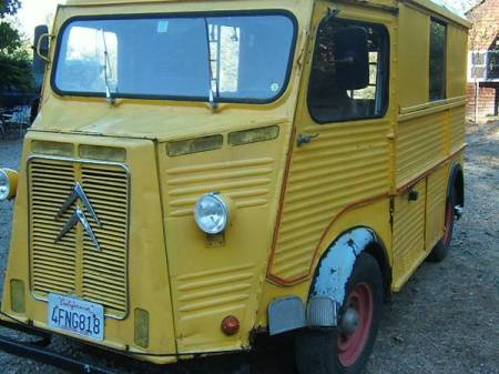 1967 Citroen HY left front