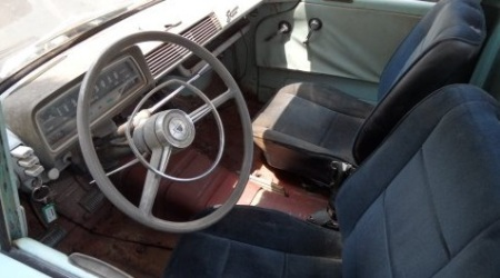 1967 Toyota Stout interior