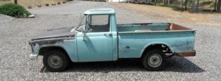 1967 Toyota Stout left
