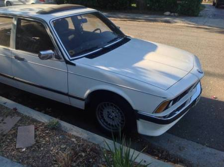 1980 BMW 733 right front