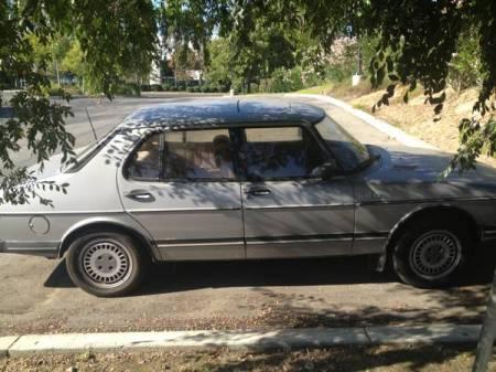 1984 Saab 900 turbo right side