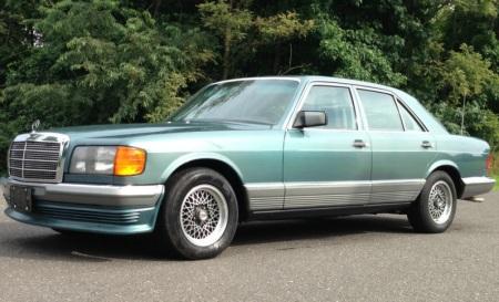 1983 Mercedes 380SE left front